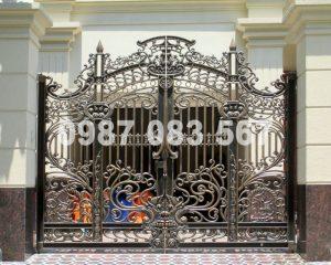 Cổng Nhôm Đúc M007