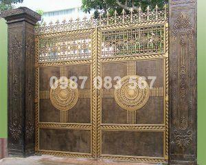 Cổng Nhôm Đúc M016