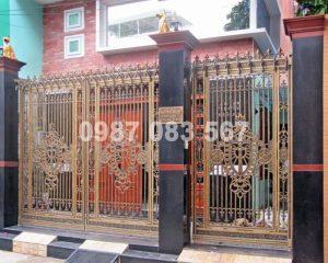 Cổng Nhôm Đúc M021