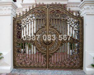 Cổng Nhôm Đúc M024