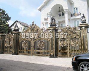 Cổng Nhôm Đúc M025