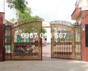 Cổng Nhôm Đúc M029