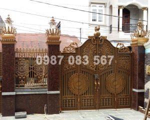 Cổng Nhôm Đúc M036
