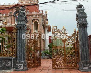 Cổng Nhôm Đúc M058