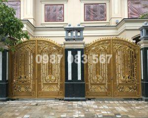 Cổng Nhôm Đúc M095