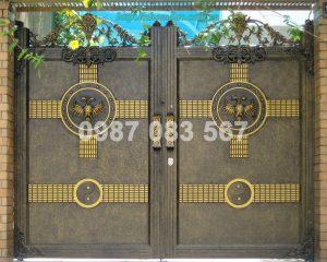 Cổng Nhôm Đúc M131