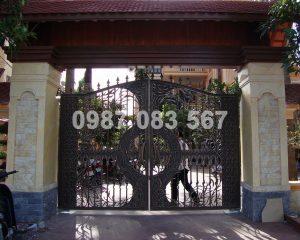 Cổng Nhôm Đúc M151